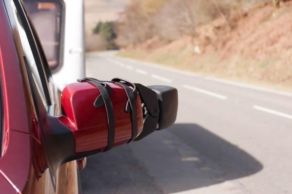 Extending towing caravan mirrors